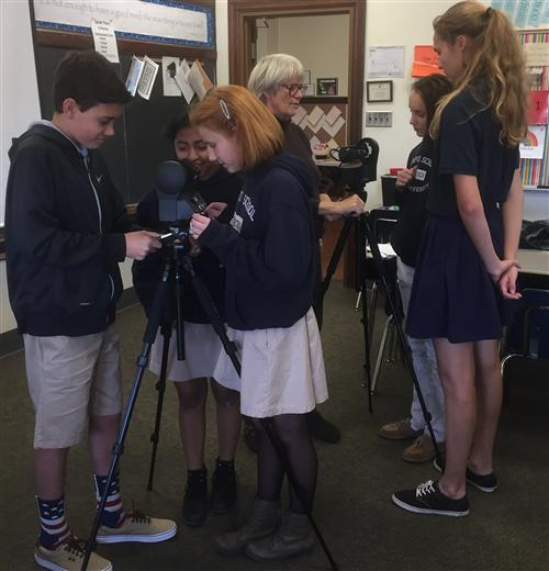 Students learn to use GigaPan cameras